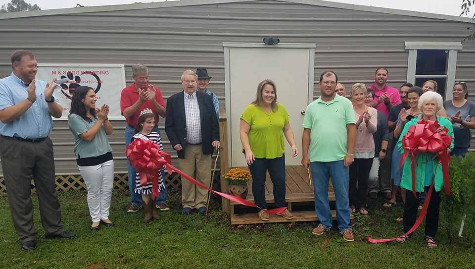 2018 11 07 hcoc ribbon cutting MS Dog Boarding